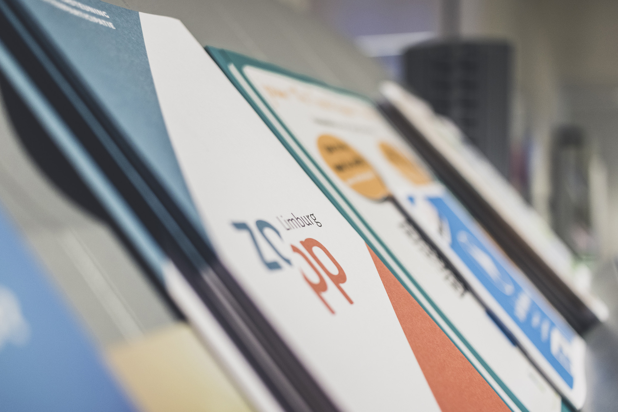 vormingsaanbod, brochure, ZOPP, achtergrondfoto